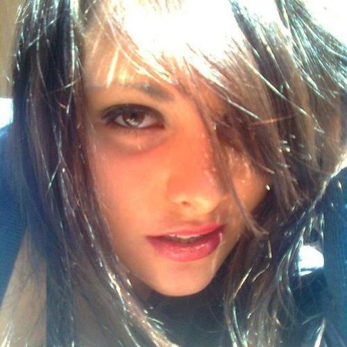 Chazelle Von Lind's avatar