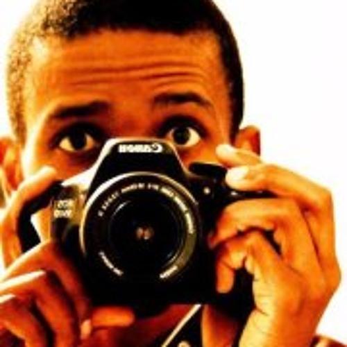 Menga Nhlabathi's avatar