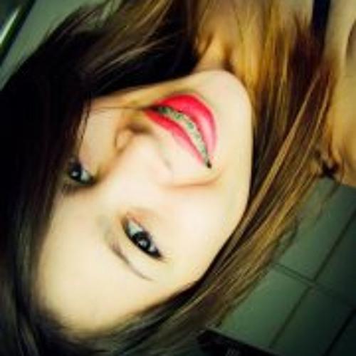 Bianca Luara's avatar