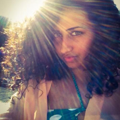 Dina Abdelraheem's avatar