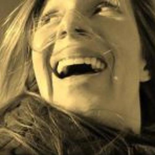 Sarah Dunn 4's avatar