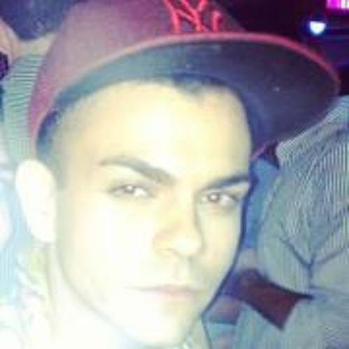 Stiward Garcia's avatar
