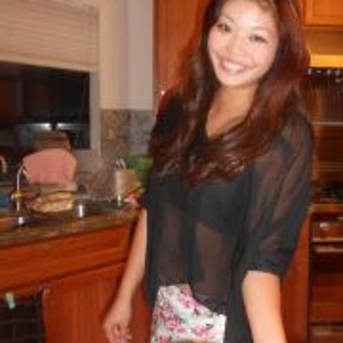 Nicole Yuen's avatar