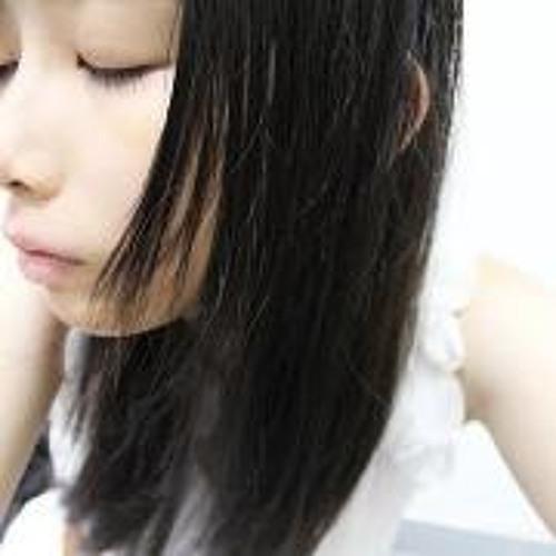 Kelly 岢峲's avatar
