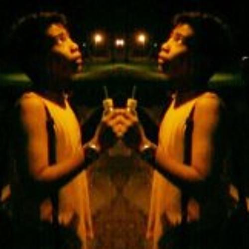 Lloyd Gio Szeto's avatar