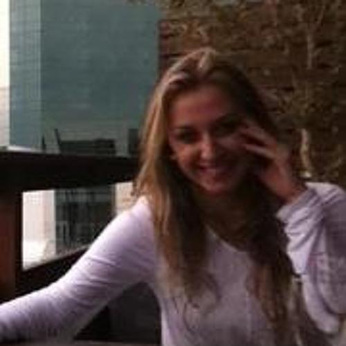 Carina Wendt Tumelero's avatar