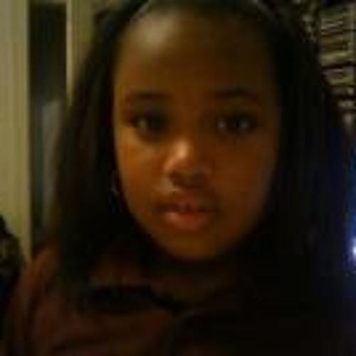 Desslyn Fanci Long's avatar