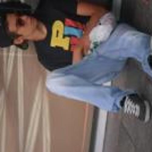 Daniel Lourenço 24's avatar