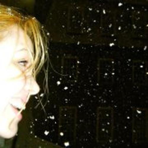 Stefanie BNielsen's avatar