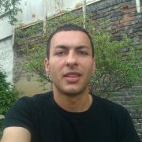 Lukas Fako's avatar