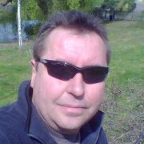 Andy Lucas 5's avatar