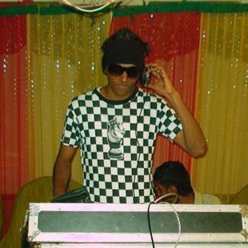 Vinayak Jms's avatar
