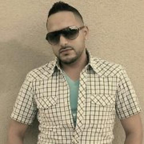 Daniel Ramos-Vega's avatar