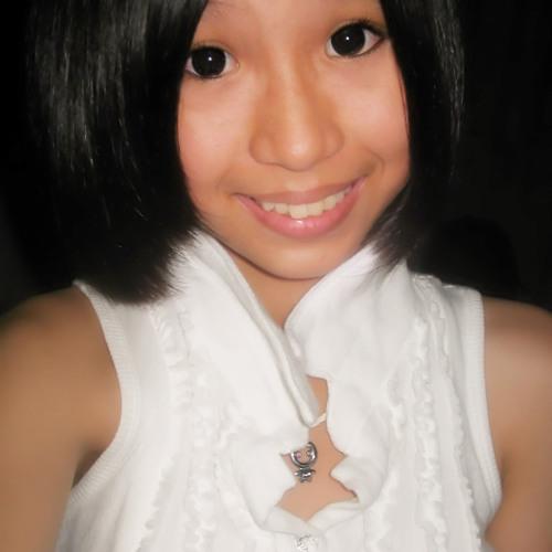 Emily Tan ♥'s avatar