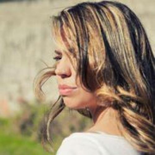 Bel Mazza's avatar