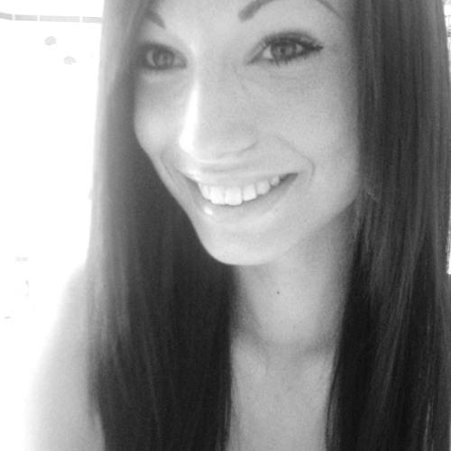 Julia Barkowski 1's avatar