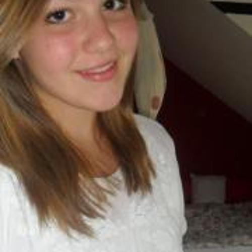 Julia Thies's avatar