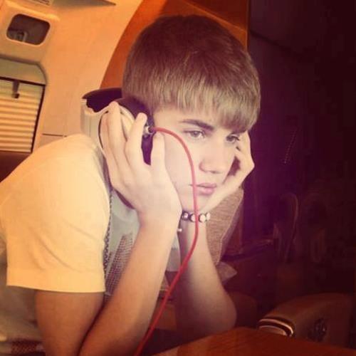Justy Bieber's avatar