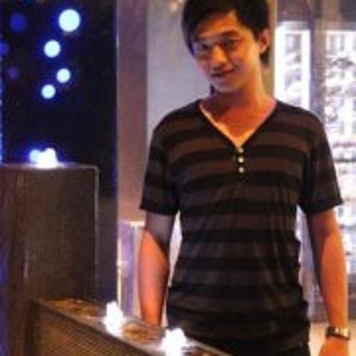 Law Chuan Pin's avatar