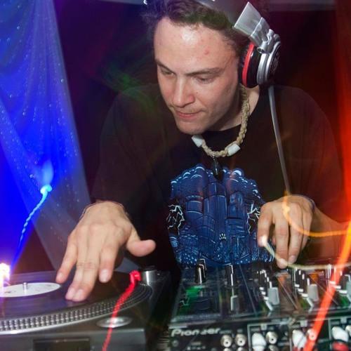DJ INaBOX's avatar