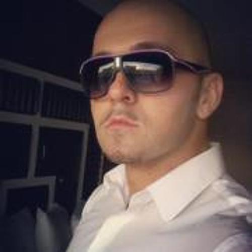 Daniel Ochoa 11's avatar
