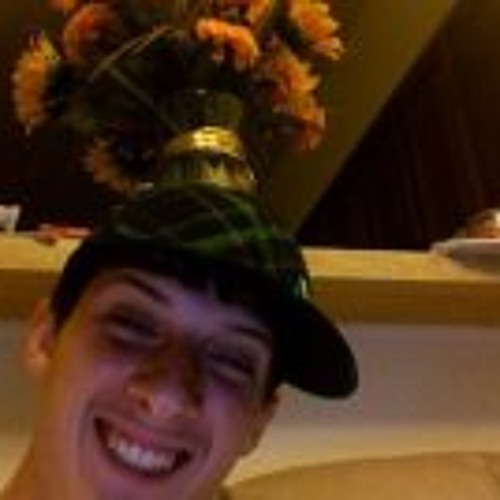 Micah Hollingshead's avatar