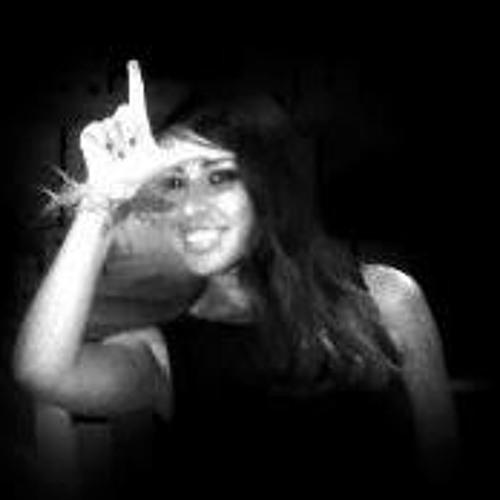 Stefaknee Uh's avatar