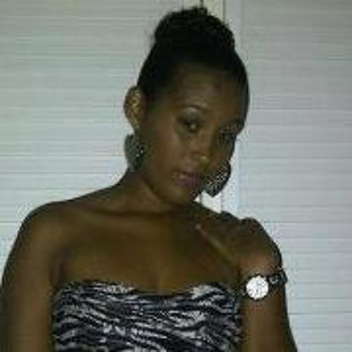 Joraina Leonicia's avatar