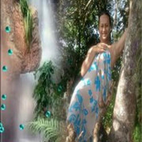 Puarena Richmond's avatar