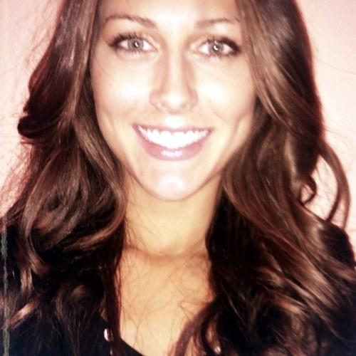 Claire Genevieve's avatar