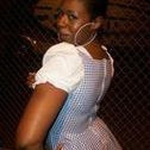 Tiffanee' Dewberry's avatar