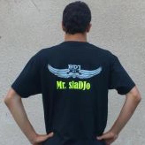 slaDJo's avatar