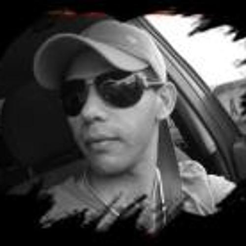 Isaias Oliveira Coutinho's avatar