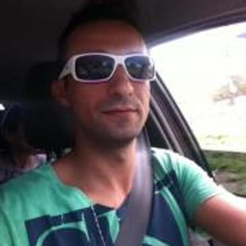 Regis Conelheiro's avatar