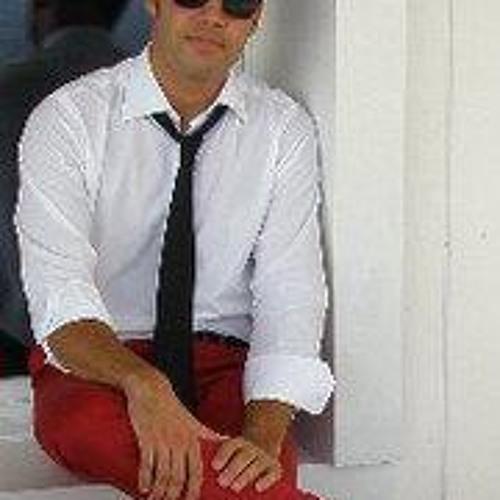 Gio Martini's avatar