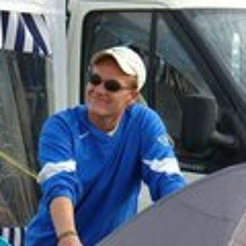 Dennis Chabowski's avatar