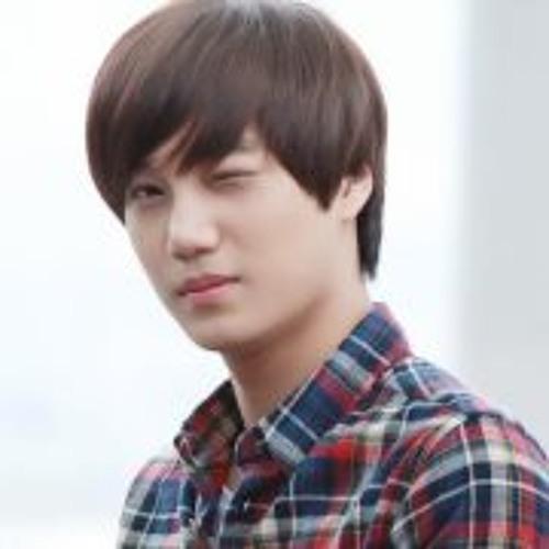 Papacici Heo U''s avatar