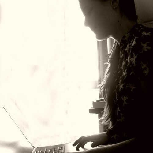 Emi Vassilopoulou's avatar