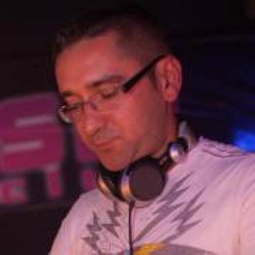 Robert Szereda's avatar