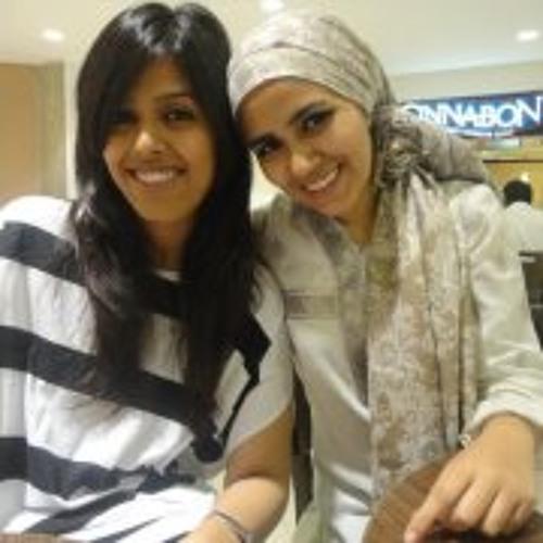 Humna Abid's avatar