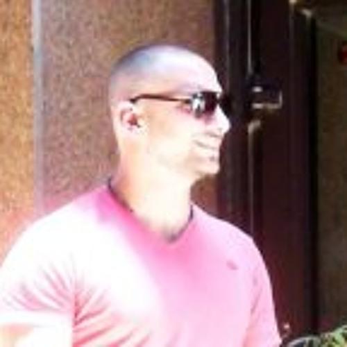 Nizar Farah's avatar