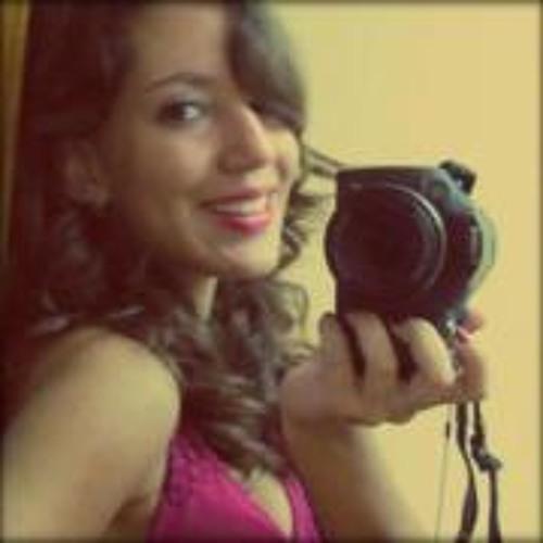 Luiza P. de Oliveira's avatar