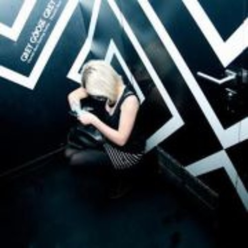 Larissa Stange's avatar