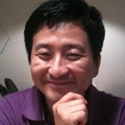 Sana Y. Yum's avatar