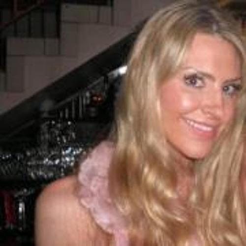 Alice-Louise MacGillivray's avatar