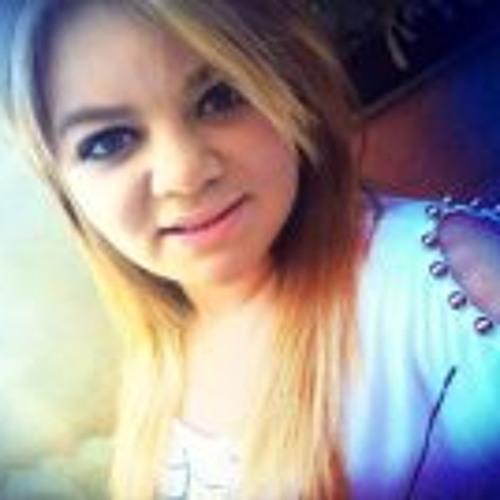 Isabela Scarpa's avatar