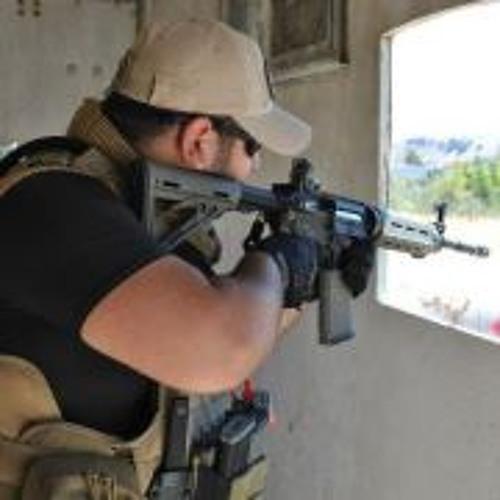 Michael Amir Ezaz's avatar