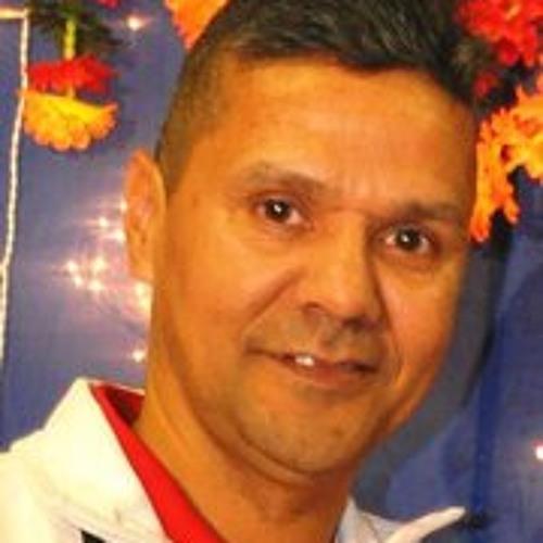Rabind Deoraj's avatar