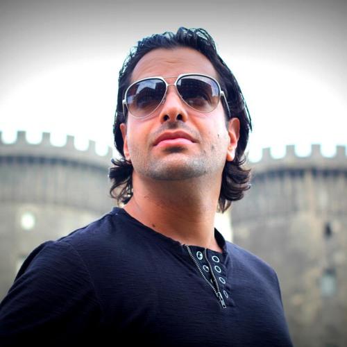 Ray Cazz's avatar