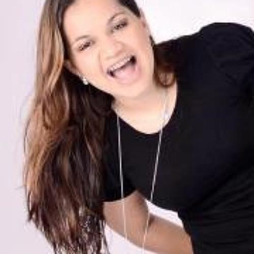 Rafaela Rosario's avatar